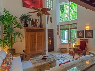 Photo for Cozy One Bedroom At The Royal Palms