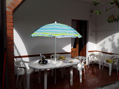 Photo for Apartment ground floor, large and comfortable, bright and calm.