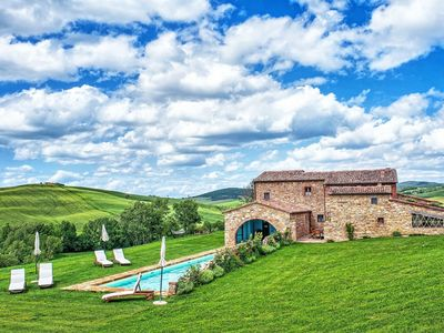 Photo for Private Villa with private pool, WIFI, A/C, TV, washing machine, panoramic view, close to Montalcino