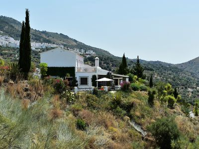 Photo for Villa Amores - relax, enjoy the sun, scenery and pool..