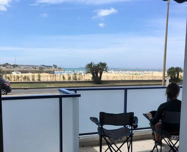Photo for Direct access beach and sea view!