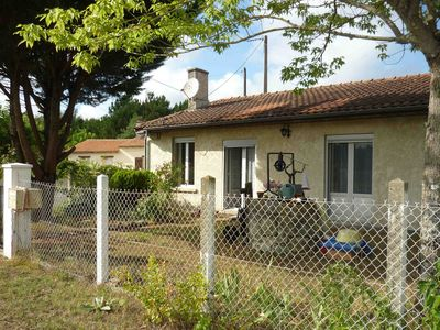 Photo for Between Montalivet and Soulac, family house of 110 m2