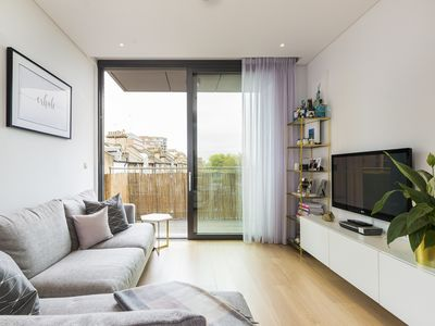 Photo for Stylish and elegant home with roof-top terrace boasting views of London (Veeve)