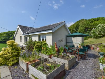 Photo for Located within a mile of Fairbourne's sandy beach on the North Wales coast, this cosy holiday annex