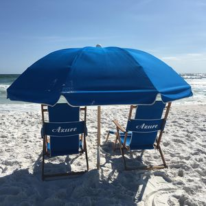 Come put your toes in our sand! Included in your stay: 4 chairs and 2 umbrellas.
