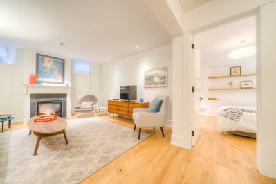 Astounding Perfect Location Beautiful Two Bedroom Apartment Little Italy Annex Old Toronto Download Free Architecture Designs Xerocsunscenecom