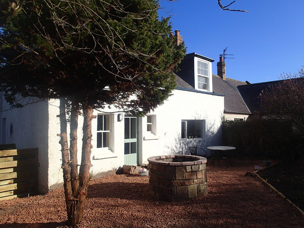 Delightful pet friendly cottage in the scottish borders - Pet friendly cottages with swimming pool ...