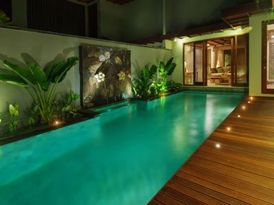 Photo for Two Bed Jacuzzi and Pool villa Sukawati