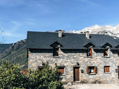 Photo for Cozy house with terrace and beautiful views of the Pyrenees