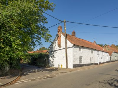 Photo for A spacious and comfortable character cottage, with its own enclosed garden.