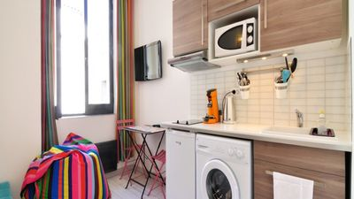 Photo for LE DECOR - Apartment Lyon, very central and well decorated