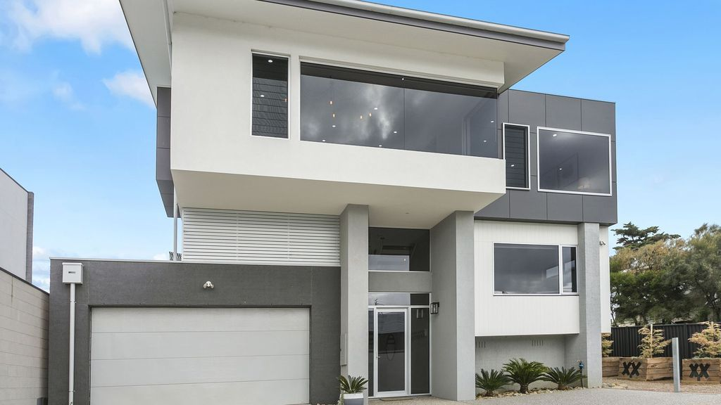 82B Orton Street - Luxury Beach House