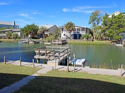 Saltwater Canal beach house with Private  Dock and Pet Friendly
