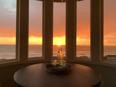 Oceanfront 4 Bedroom/2 Bath with AC and Rooftop Jacuzzi
