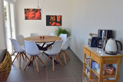 Dining room for 8, with side table for coffee machine, kettle, toaster