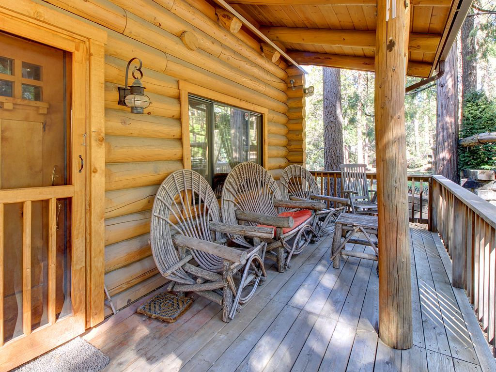 Natural Log Cabin W Guest House Amp Game Room Perfect For
