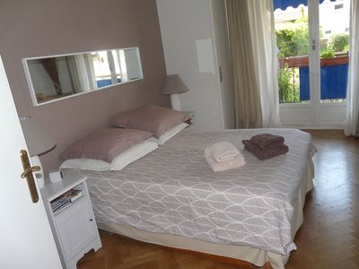 Photo for Spacious apartment close to beach, easy access to Nice and Monaco