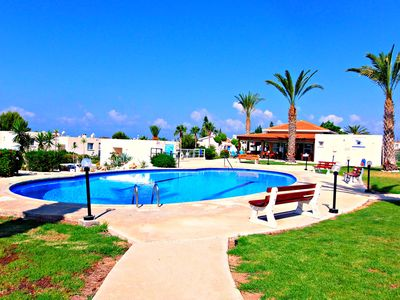 Photo for Coral Bay - Stunning 1 Bedroom Apartment - 100m To Sea - Sea Views - Wifi