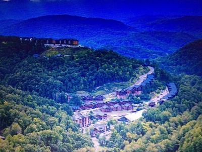 Photo for 2 BD-2 BA-Sleeps 8_Pets_MOUNTAIN TOP GATLINBURG_JULY 4th -OR- CHRISTMAS!!!