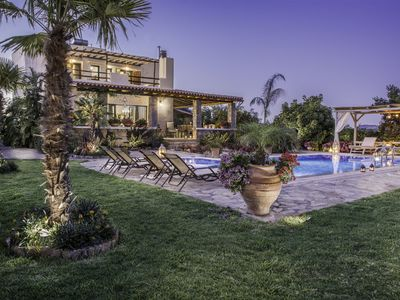 Photo for This 3-bedroom villa for up to 6 guests is located in Apokoronos and has a private swimming pool, ai