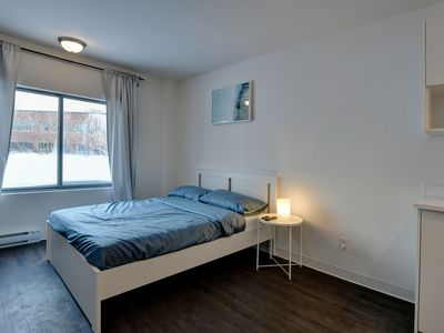 Photo for HOTEL ROOM DOWTOWN LAVAL Big STUDIO -PLACE BELL, free parking