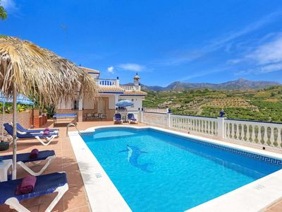Photo for 4 bedroom Villa, sleeps 8 in El Molino with Pool, Air Con and WiFi
