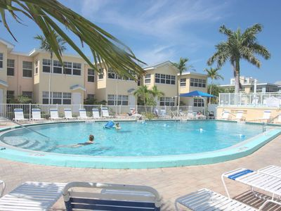 Photo for Steps From Beach! Fishing Pier, Pool, Free Wi-Fi, Phone & Cable, Patio- Barefoot Beach Club D-106