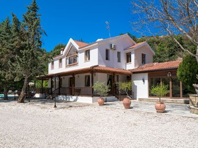 Photo for 4 bedroom villa in the peaceful and tranquil village of Miliou