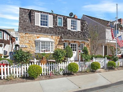 Photo for Charming Balboa Island Cottage -Newport Beach, CA