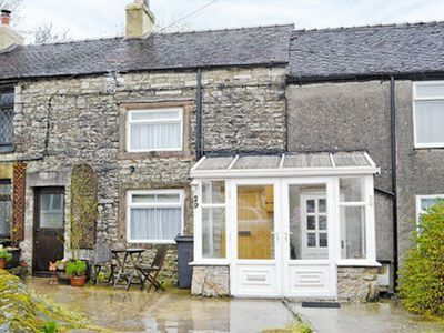 Photo for 1 bedroom property in Brassington. Pet friendly.