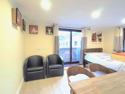 Photo for Whitechapel Studio with bathroom sleeps 3 D5