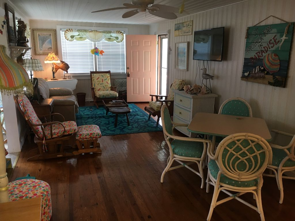 Charming Beach Cottage With Ocean View. - VRBO