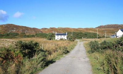 Photo for Scalasaig Farmhouse - Four Bedroom Cottage, Sleeps 10