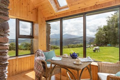 Barralach is a secluded sheepfarm high in the hills.