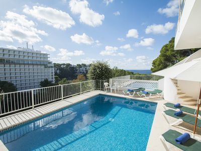 Photo for Apartment with private pool a few meters from the beach of Cala Galdana