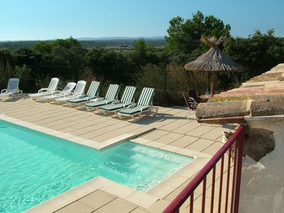 Photo for Country house La Cigalière in private property with pool, near Nîmes