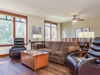 Photo for Cozy condo with plush bedding, modern accents and mountain views in the heart of Mammoth Village