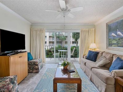 Photo for Oceanfront Resort with Pool, Tennis and Fitness Center. Private Beach Access