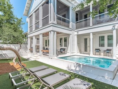 Photo for NEW LISTING: Private Pool, Rooftop Spa, 3 Min Walk to Beach, Game Room