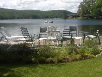 Charming Cottage For 4 on Lake Fairlee With Pottery Barn Furnishings.