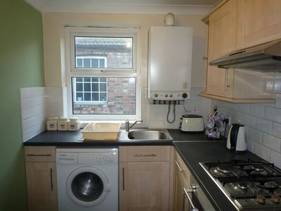 Photo for 2 Bedroom apartment, London, 10 min. walk to tube, 20 min. to City ce