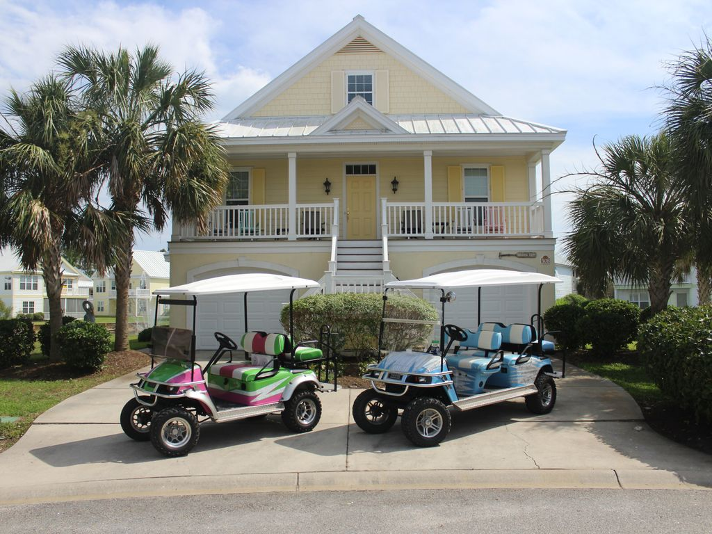 On The Lake With Fountain View 2 Custom Golf Carts Bicycles Beach Chairs Garden City Myrtle