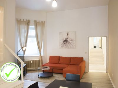 Photo for MITTE 4BR +A/C +Self Check-in +free Street Parking