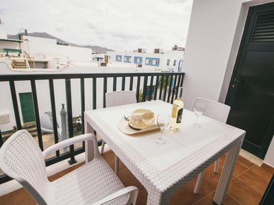 Photo for Comfortable apartment in central Playa Blanca with balcony - Sara N° 3