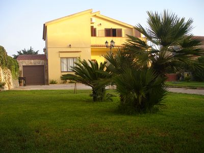 "Photo for ""Ulivo Apartment"" just minutes from Ragusa and the sea"