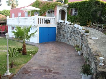 Search 854 holiday rentals