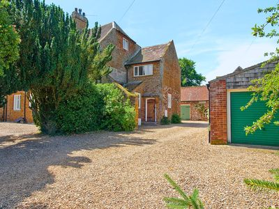 Photo for 2 bedroom accommodation in Old Hunstanton