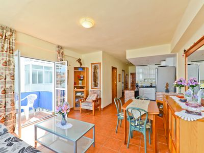 """Photo for Cosy Holiday Apartment """"Edificio Granada"""" Close to the Beach with Wi-Fi, Pool & Balcony; Parking Available, Pets allowed"""