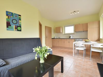Photo for Ground-level 2-room apartment with garden and terrace, 500m to the beach