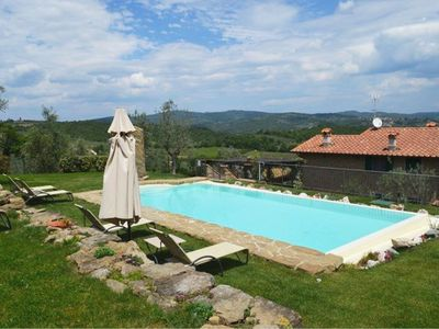 Photo for Lovely Tuscan holiday home with private pool in a fantastic location near Monte San Savino up to 11